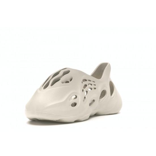 adidas Yeezy Foam RNNR Ararat