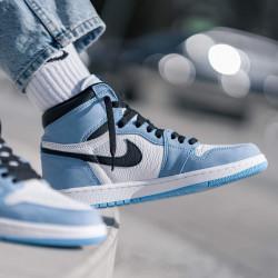 Air Jordan 1 Retro High White University Blue Black